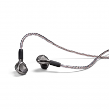 Astell & Kern AKT9iE Earphones Black